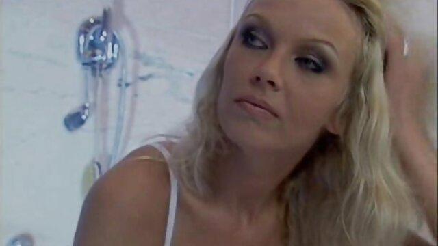 Vải trắng được thống trị bởi Lucky Mae, là người vui mừng clip sex gay nhat ban để xử lý Vải trắng